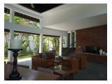 Jual Rumah Villa Sarsana Canggu Bali - 4 Kamar Tidur Full Furnished, Lokasi Strategis Dekat Finss Beach Club