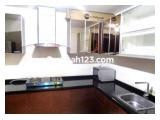 Jual Murah Apartemen Central Park Jakarta Barat - 3 Kamar Tidur + 1 Luas 112 m2 Full Furnished Rp 3,5 M