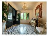 Rumah Mewah, Nyaman & Asri Dijual di Tanjung Ujung, Cinere, Depok - 3+2 Kamar Tidur Semi Furnished