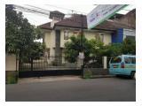 Rumah Minimalis Posisi Hook Dipinggir Jalan Raya Cocok Untuk Usaha