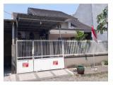 Nyt minimalistisk hus i Puri Safira Regency boligområde